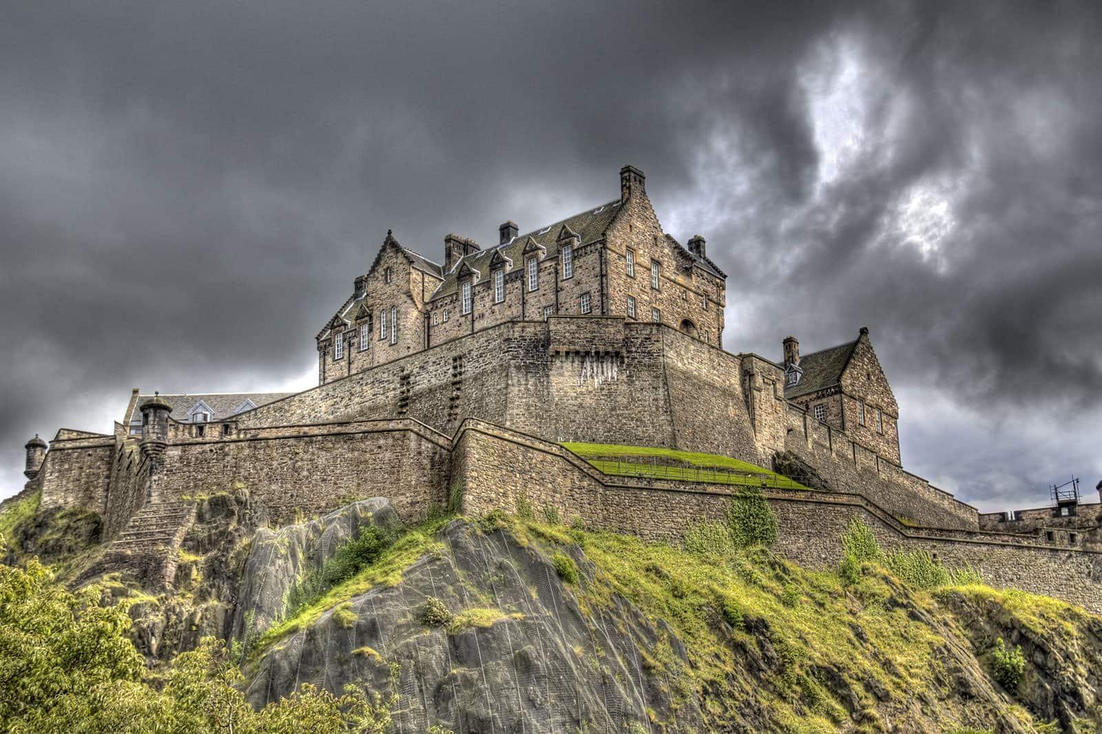 5 Haunted Places To Visit in Edinburgh City 2