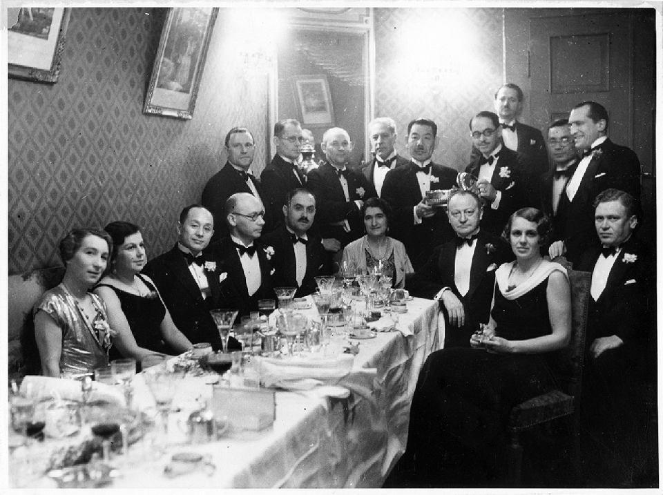 Dwudziestolecie Międzywojenne Czas Elegantów I Męskiej