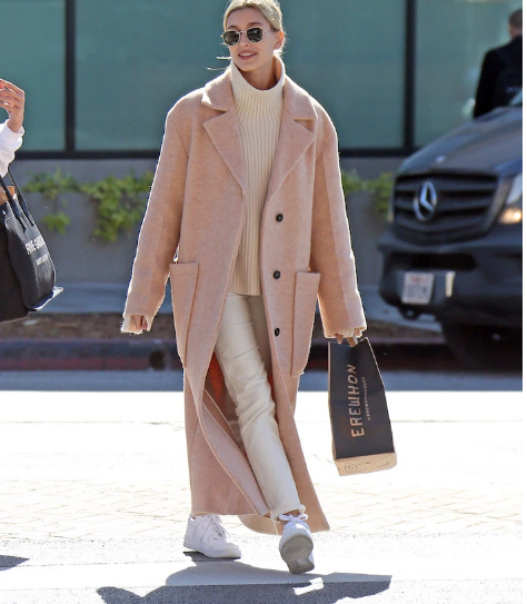 hailey bieber winter outfits 5