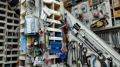 S M B Golden Hardware Store, Al Asimah, Kuwait   Phone: +965