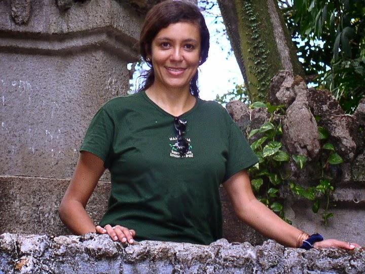 Dra Cláudia Pereira de Deus