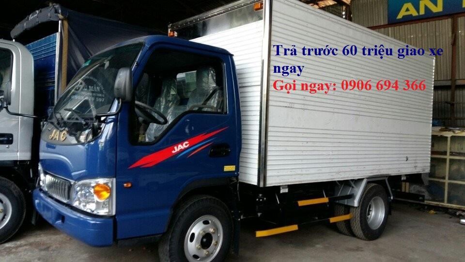 xe tải Jac 2.4 tấn thùng bạt.jpg