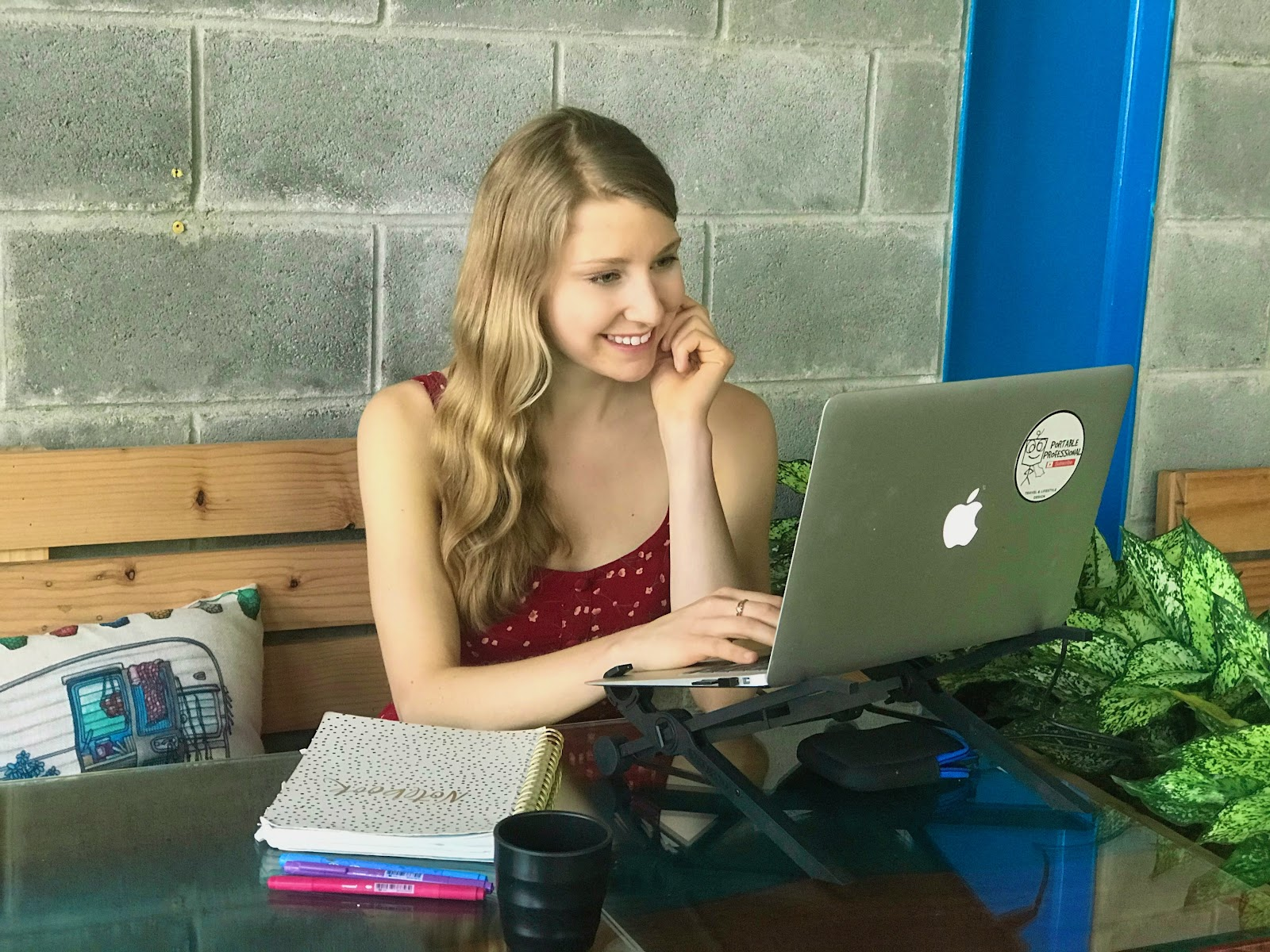 Megan Gougeon - Working from a cafe, love my laptop stand.