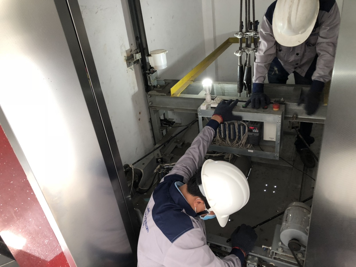 7 lý do nên chọn thang máy Mitsubishi không phòng máy