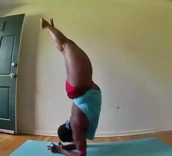 6 You Do Yoga, Yoga Of The Beauty Of 6 Plus
