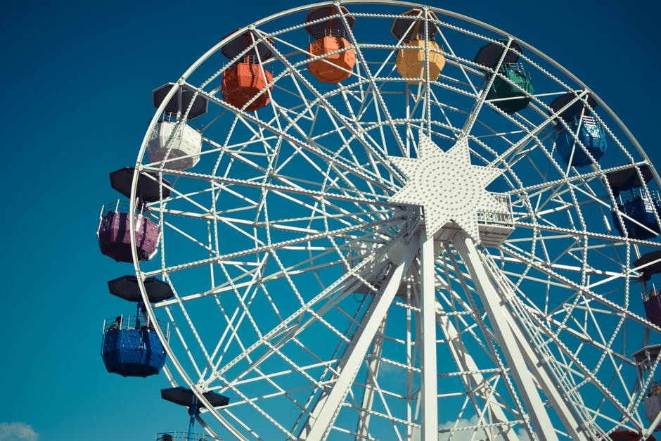 White Steel Ferris Wheel