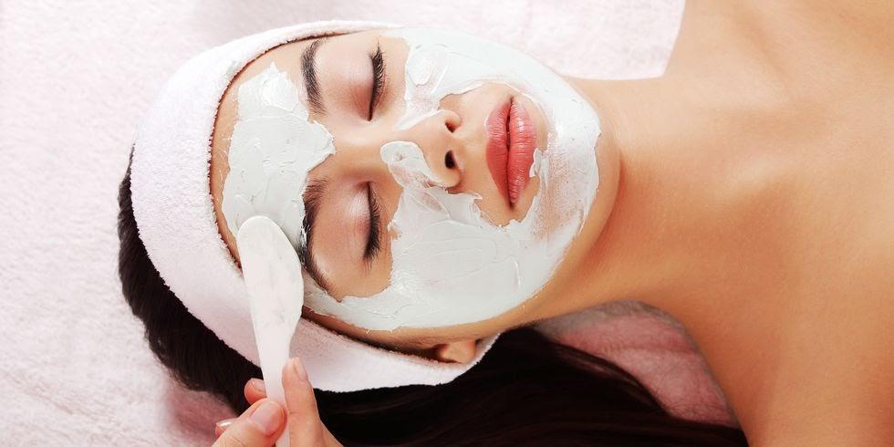 đắp mặt nạ dưỡng da là cách trị mụn hiệu quả