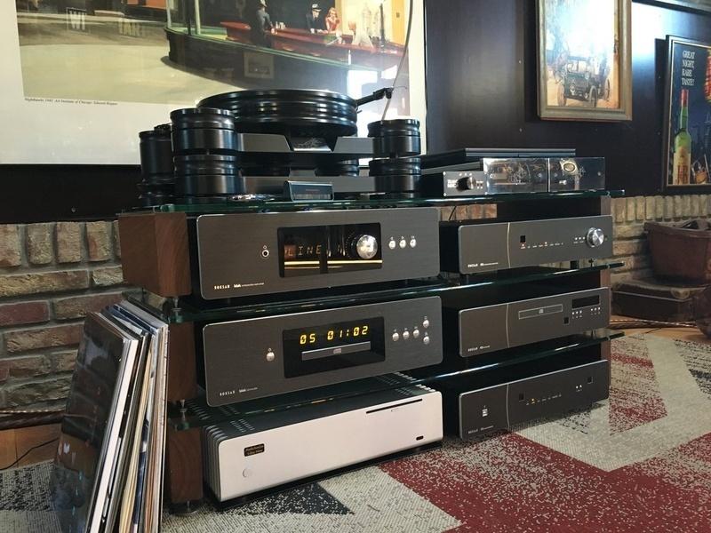 Roksan Blak CD Player: Lựa chọn đáng giá trong phân khúc cận cao cấp