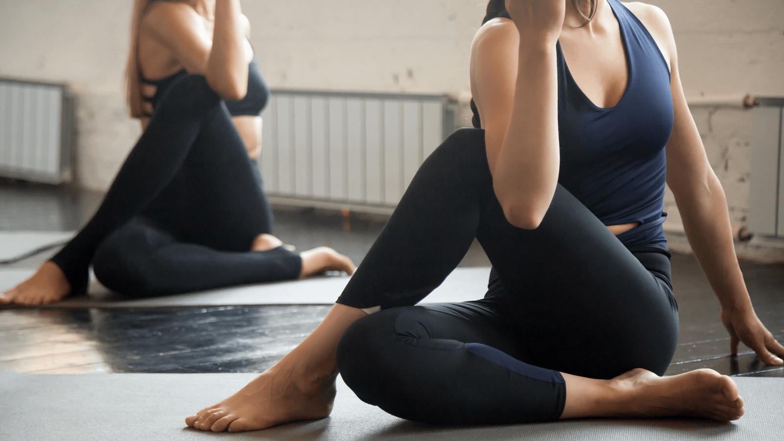 Tư thế vặn người trong yoga