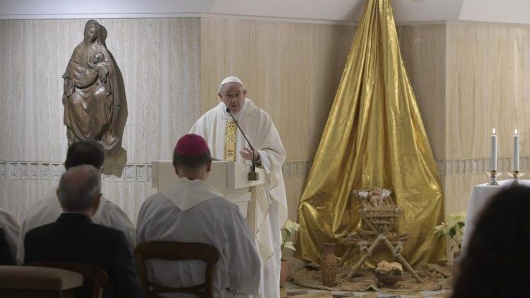 Đức Thánh Cha giảng Lễ: 'Thờ ơ là nghịch lại với tình yêu của Chúa'
