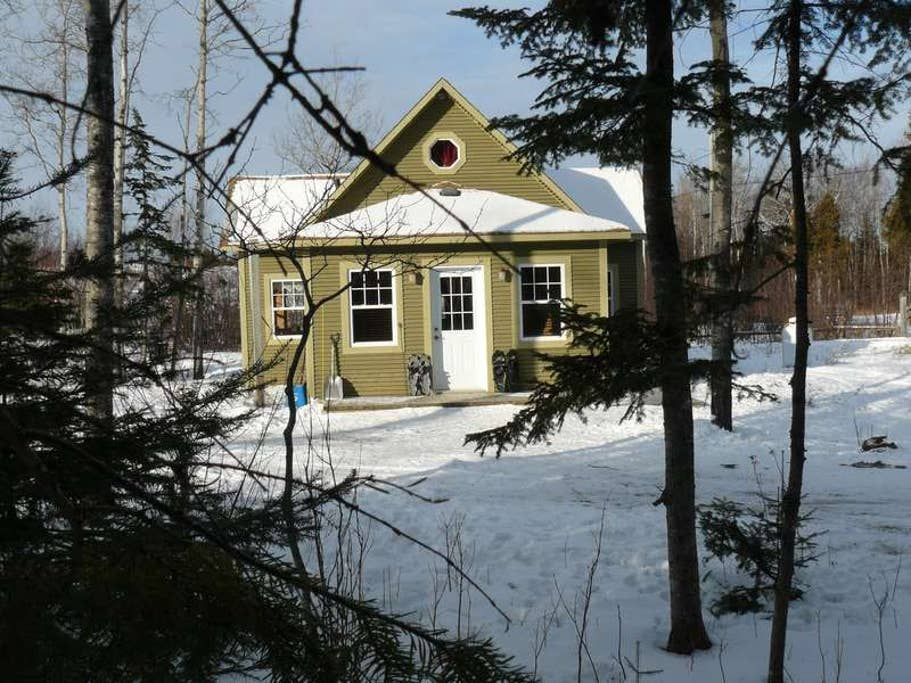 Cottages for rent with Spa for 4 people in Quebec #9
