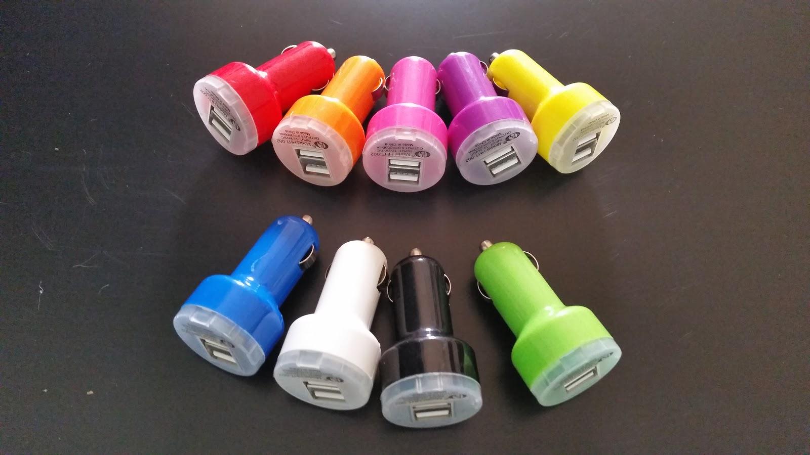 Chargeur Allume cigare de voiture 2 USB 2 câbles smartphone ou MP34 9 couleurs www.avalonlineshopping.com.jpg