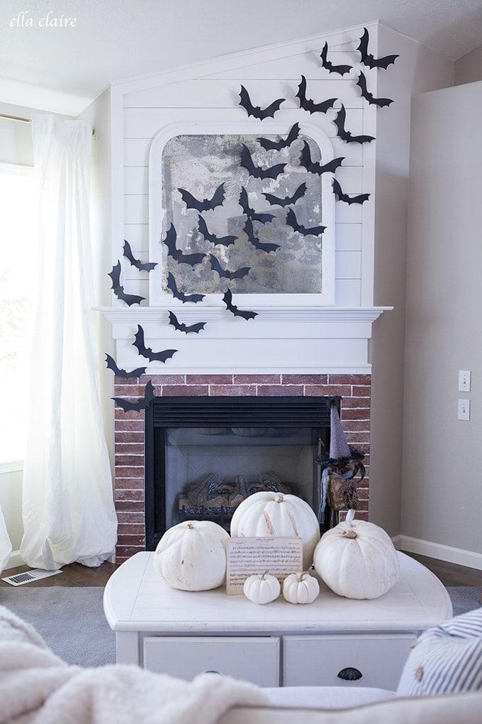 Halloween Decoration Ideas with Bats Wall