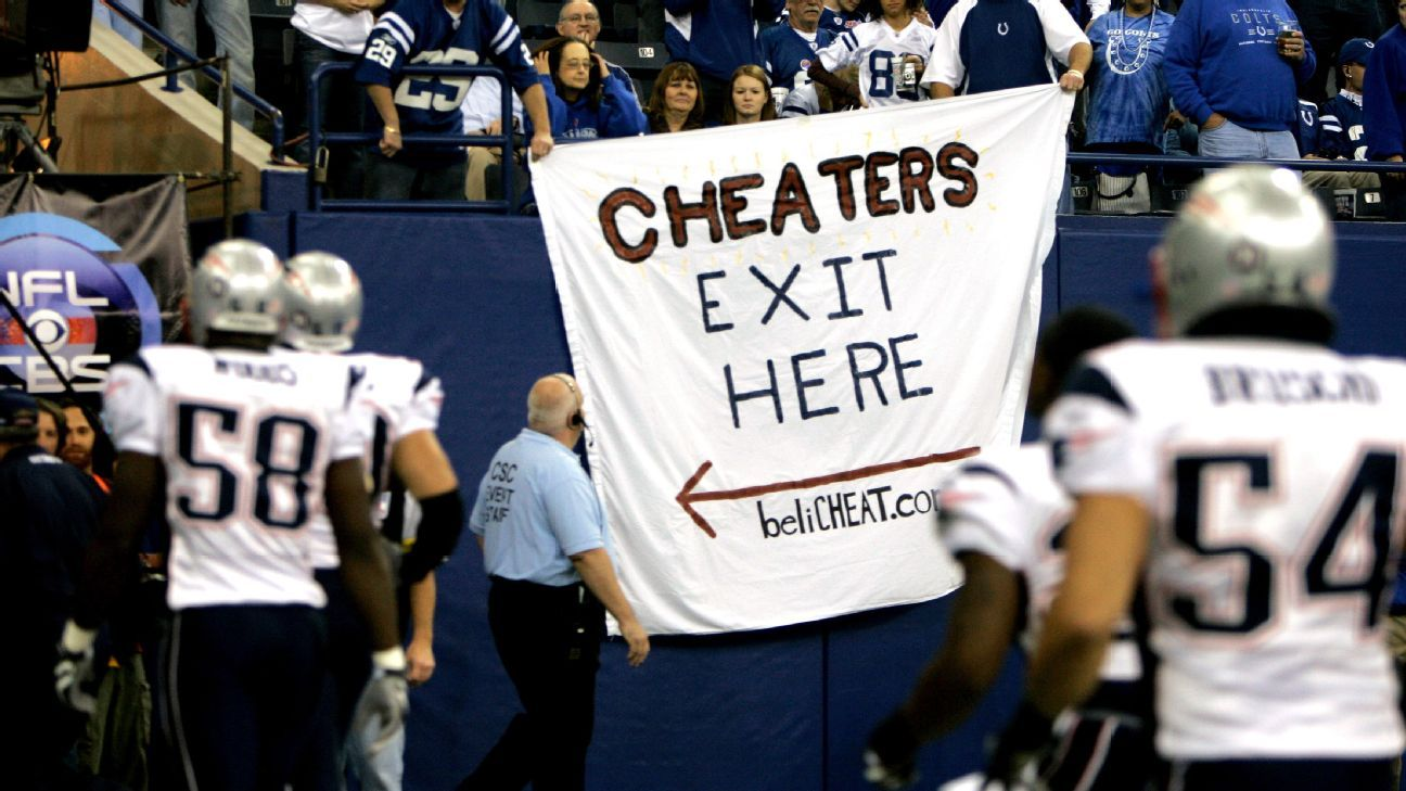 Learn About Some of the Biggest Controversies of NFL Athletes