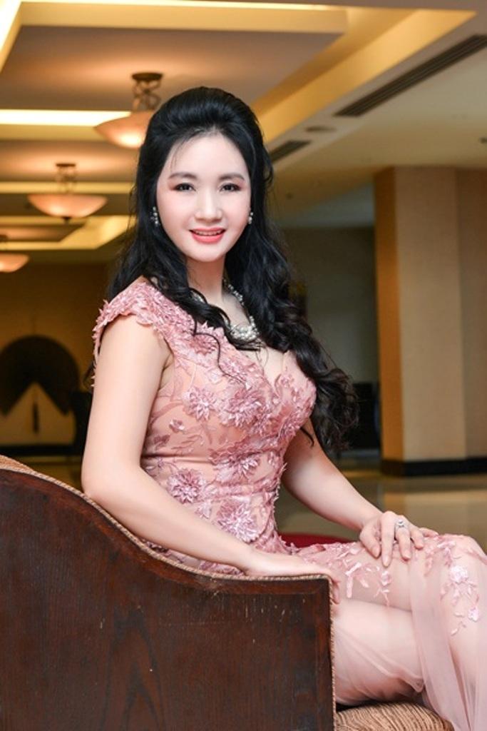 Doanh nhân Lê Thanh Hòa chủ cơ sở thẩm mỹ viện danh tiếng này