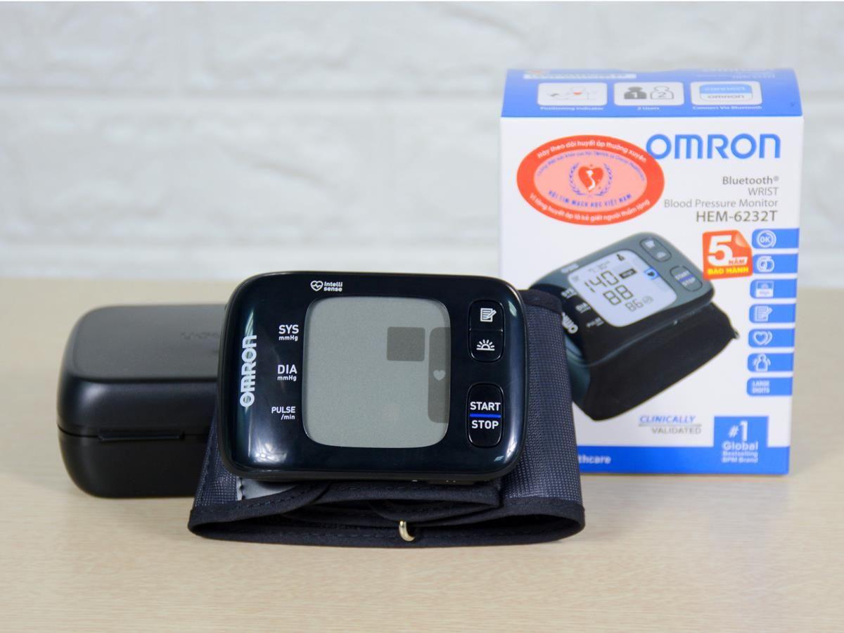 Hướng dẫn sử dụng máy đo huyết áp cổ tay chính xác, hiệu quả