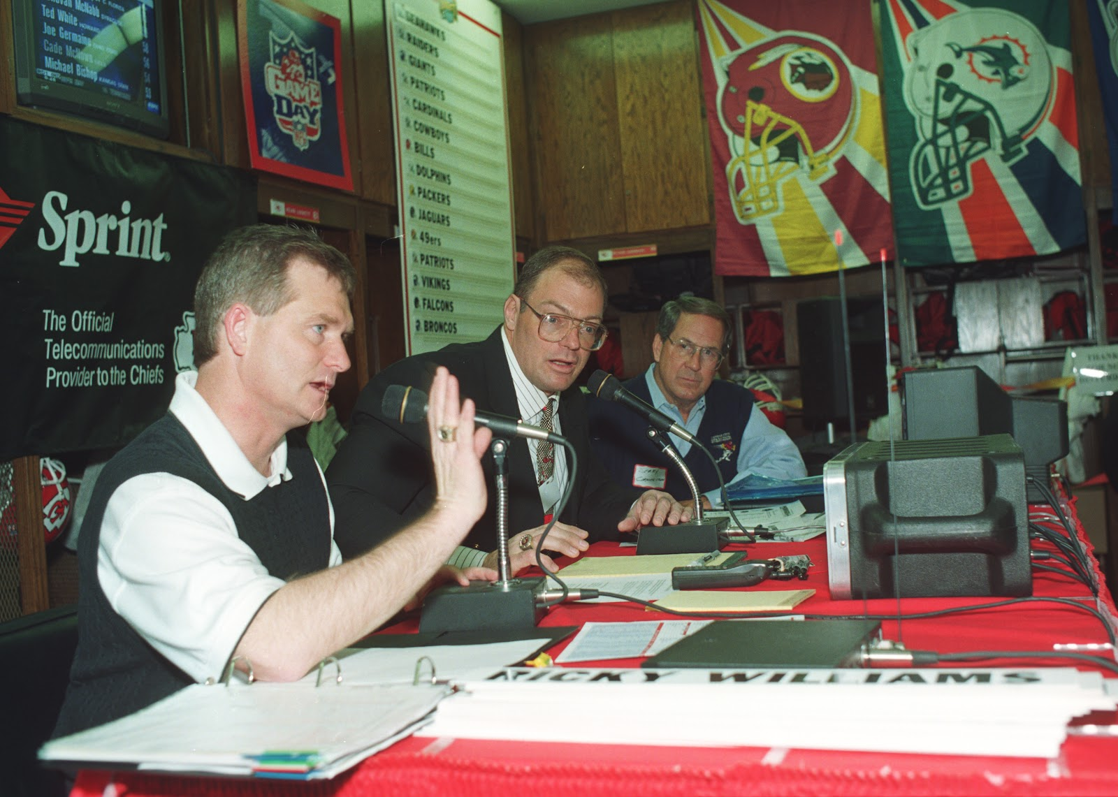 Holtus speaks during the 1998 draft party in the Chiefs locker room. (Courtesy | Kansas City Chiefs)