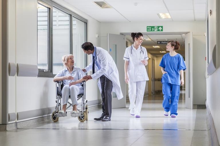 Tuyển sinh ngành điều dưỡng và làm việc tại Đức