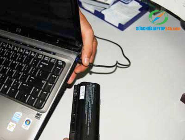 pin-laptop-khong-sac-duoc-2