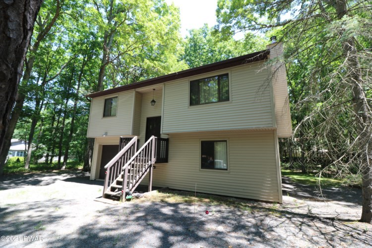 playground homes for sale in hemlock farm