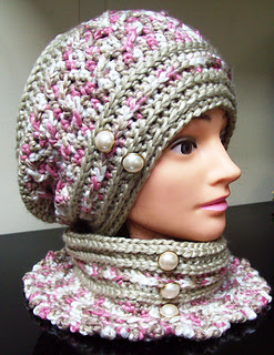 Robyns_hat_2_small2