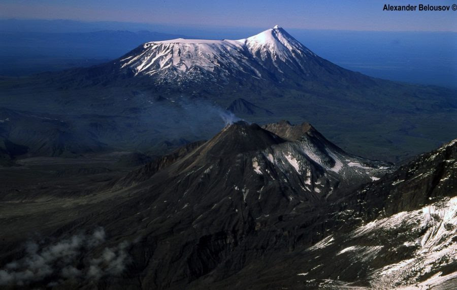 Vulkan-Bezymyannyj