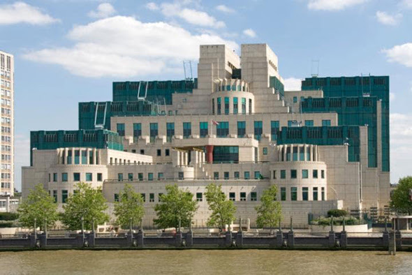 mi6 headquarters in london  england