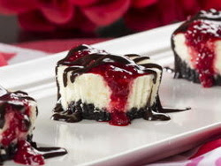 XOXO Cheesecake Bites