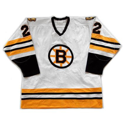 Boston Bruins 1982-83 jersey photo Boston Bruins 1982-83 F jersey.jpg