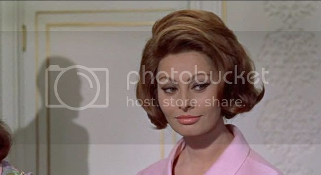 photo sophia_loren_comtesse_h_k-1.jpg