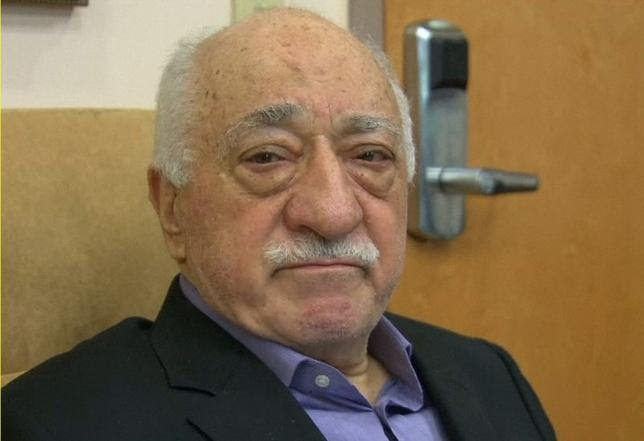 U.S.-based cleric Fethullah Gulen, whose followers Turkey blames for a failed coup, is shown in still image taken from video, speaks to journalists at his home in Saylorsburg, Pennsylvania July 16, 2016.   REUTERS/Greg Savoy/Reuters TV