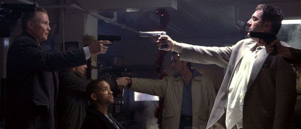Jon Voight, Will Smith and Tom Sizemore in the 1998 action drama, ENEMY OF THE STATE.