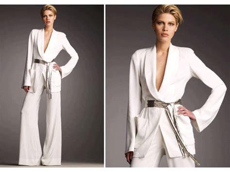 white  trend suit  donna karen  pre wedding bridal