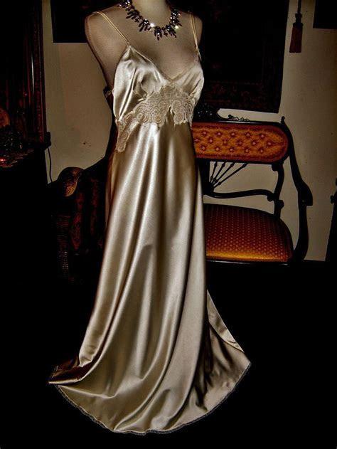 Vtg Bridal Christian Dior Bias Cut French Lace Satin