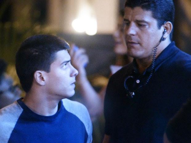 Duca entra ao show supertenso (Foto: TV Globo)