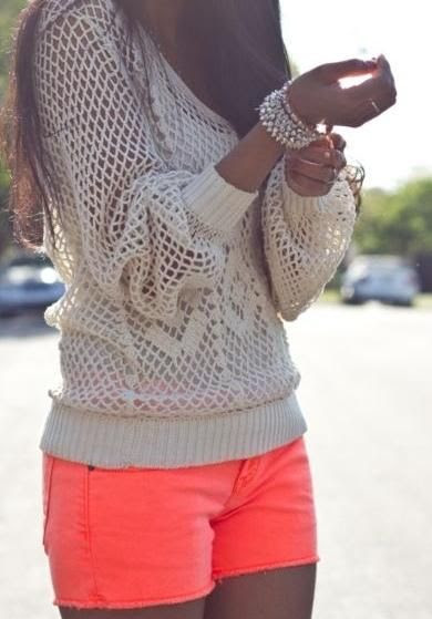 Spring / Summer Outfit - Bright Coral Shorts - Cream Knit Sweater - Cute Pearl Bracelets