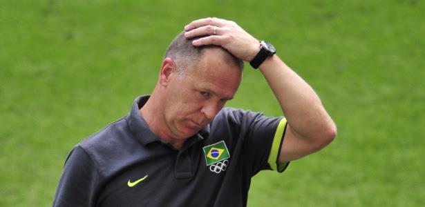 Pressão sobre Mano Menezes aumentou depois de derrota na final Olímpica