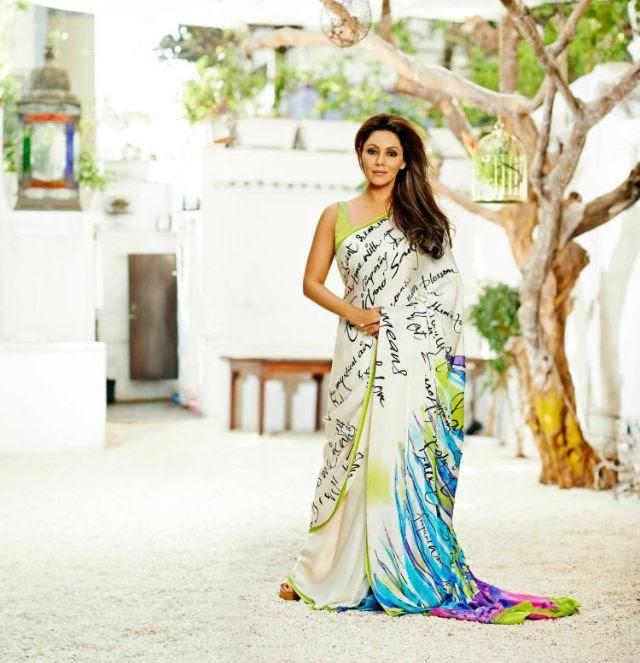 صورة لجوري خان وهي ترتدي الساري الهندي لهذه الشركة