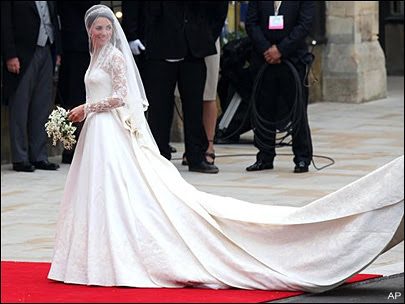 Kate triumphs in 'fairytale' wedding dress