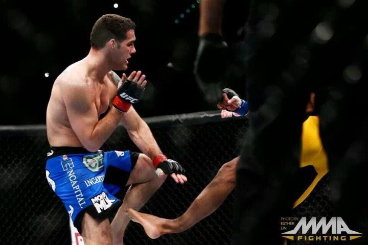 Anderson Silva se rompe la pierna  frente a Chris Weidman / mmafighting