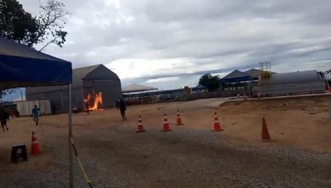BAHIA | Moradores ateiam fogo em alojamento de contaminados pela Covid-19