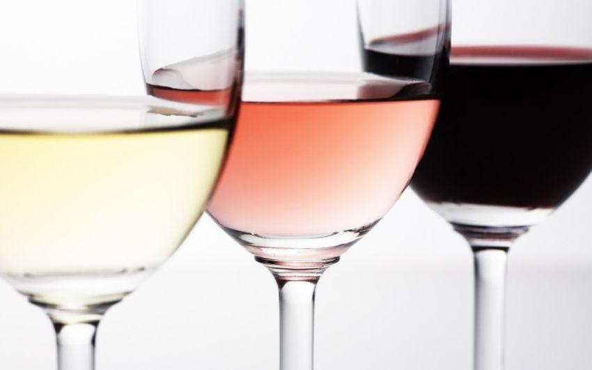 Resultado de imagem para vinho tinto rose e branco