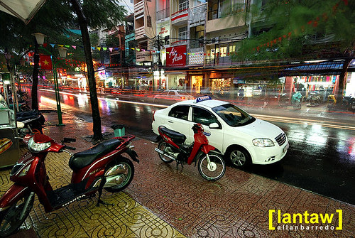 De Tham Street