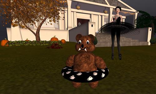 My Maggie Linden Halloween bear