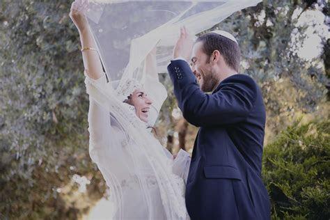 6 Ways to Rejuvenate Jewish Wedding Traditions   Ketubah