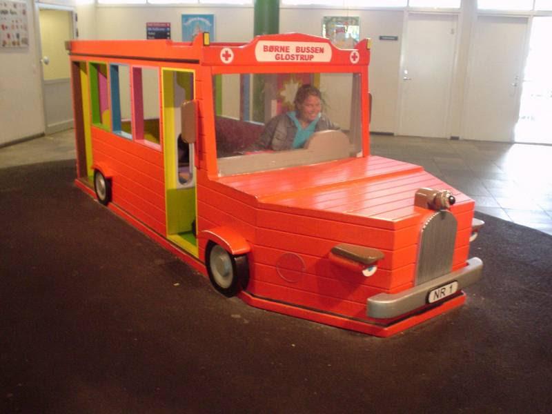 Legetøjsbussen på hospitalet. (Foto: Gert Jensen)