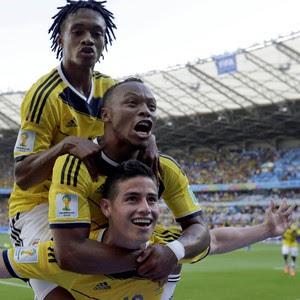 Colômbia vence Grécia por 3 a 0 na estreia, no Mineirão; Armero marca (Fernando Vergara/AP)
