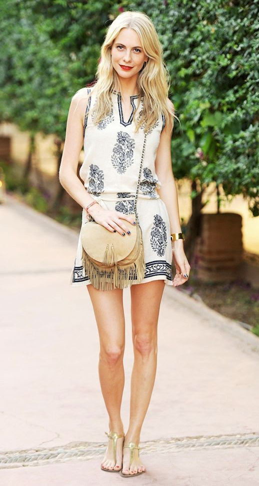 LE FASHION BLOG POPPY DELEVINGNE SUMMER PERFECT LOOK A SMALLWORLD MARRAKECH EMBROIDERED ETOILE BY ISABEL MARANT DRESS TAN FRINGE CROSSBODY BAG FLAT GOLD SANDALS GOLD CUFF RED LIPS LIPSTICK RED BRACELET LONG BLONDE HAIR SPRING SUMMER INSPIRATION Boho Chic 2n photo LEFASHIONBLOGPOPPYDELEVINGNESUMMERPERFECTLOOKASMALLWORLDMARRAKECHEMBROIDEREDETOILEBYISABELMARANTDRESSTANFRINGECROSSBODYBAGFLATGOLDSANDAL-1.jpg