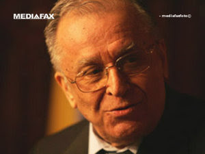 Iliescu către Dâncu: Munca politică nu e să stai să sugi din deget şi să emiţi fraze teoretice (Imagine: Mediafax Foto)