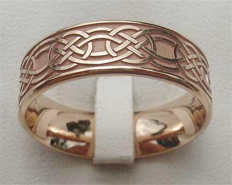 Rose Gold Celtic Wedding Ring : LOVE2HAVE in the UK!